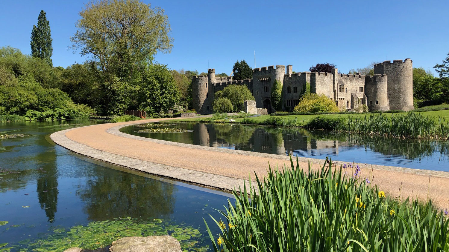 Take a trip on the Kentish Lady to Allington Castle